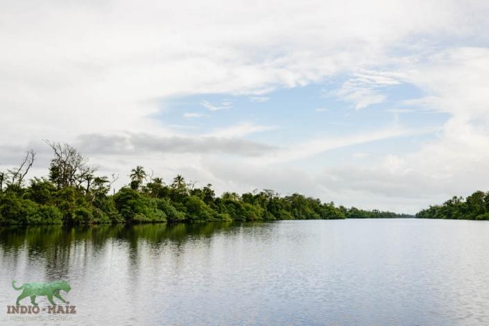 Reserva Indio maiz paisaje agua